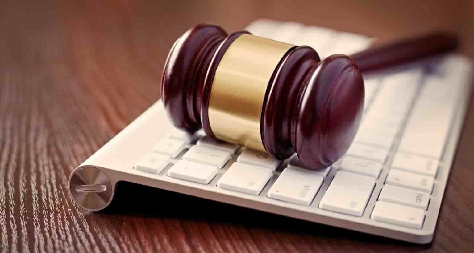 Депутаты приняли закон об уголовной ответственности за клевету в интернете