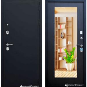 Металлическая дверь с зеркалом в Гатчине