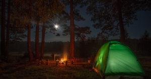 места для кемпинга в ленинградской области с палатками у озера